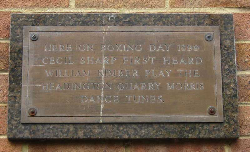 Plaque in Horwood Close
